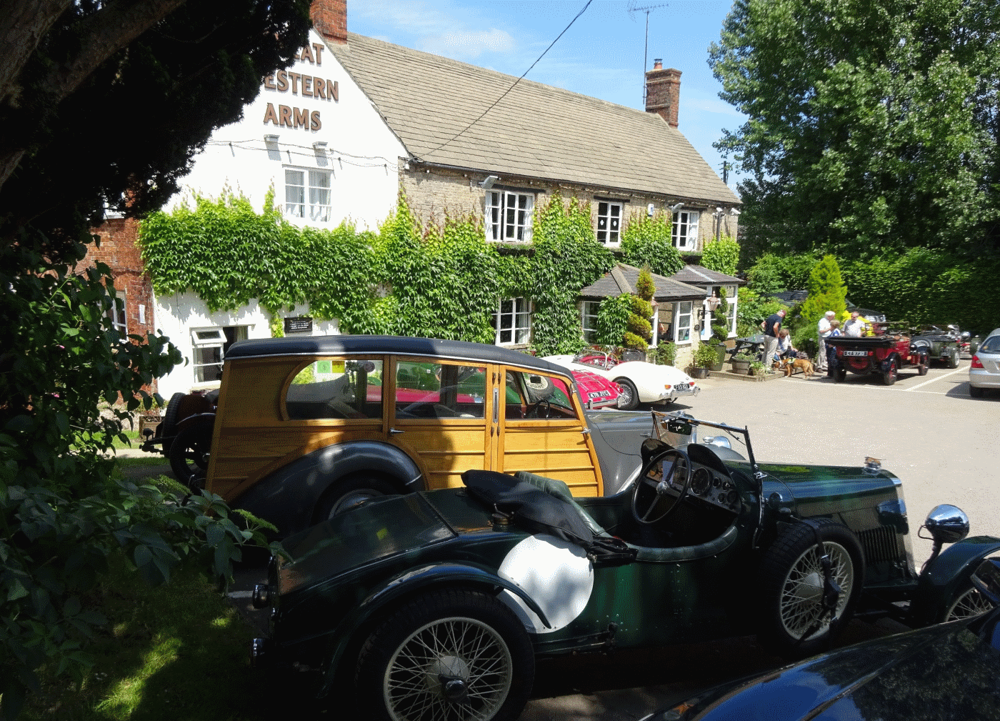 Lea-Francis Cars outside the Great Eastern Arms at Aynho