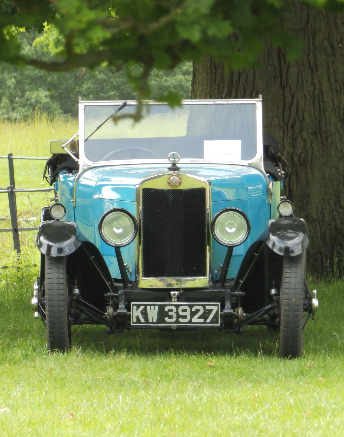 1928 P-Type, Avon bodied four-seat tourer at Broughton Castle in June 2019.